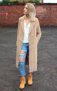 working-boots-blazer-jeans-work-look-street-style
